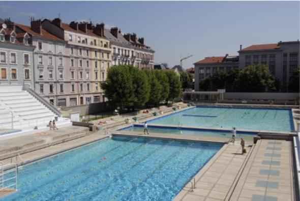 Piscine de bron for Caluire piscine municipale