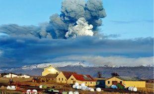 Il y a un an, l'éruption de l'EyjafJöll, en Islande, avait paralysé le trafic aérien.