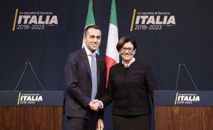 Luigi Di Maio, le leader du Mouvement cinq étoiles, et la ministre de la défense italienne, Elisabetta Trenta.