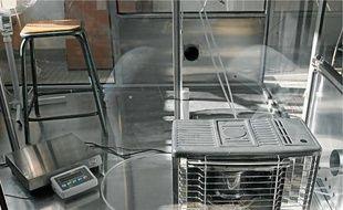 L'enceinte expérimentale de 8m3, installée exprès pour l'expérience à Lille-I.