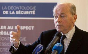 Jacquers Toubon se saisit dans l'affaire de Cédric Chouviat