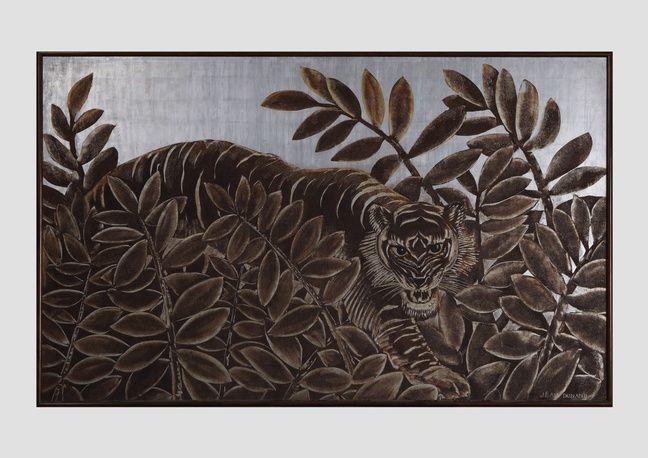 «Tigre à l'affût» par Jean Dunand, actuellement au musée du quai Branly.