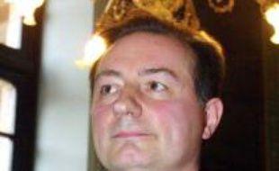 1ère circonscription de Haute-Garonne Le maire UMP de Toulouse Jean-Luc Moudenc a perdu face à la candidate socialiste Catherine Lemorton. Dans l'ancienne circonscription de Douste-Blazy, il n'a su convaincre que 45,45% des électeurs.