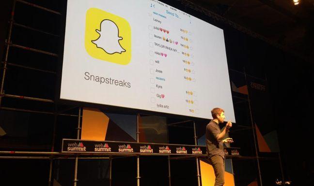 Snapchat a créé Snapstreak: selon le nombre de jours consécutifs durant lesquels deux amis se sont envoyés des snaps,un symbole du feu et un chiffre sont visibles. Un gadget, qui joue sur l'effet ludique de récompense, mais qui obsède certains ados américains.