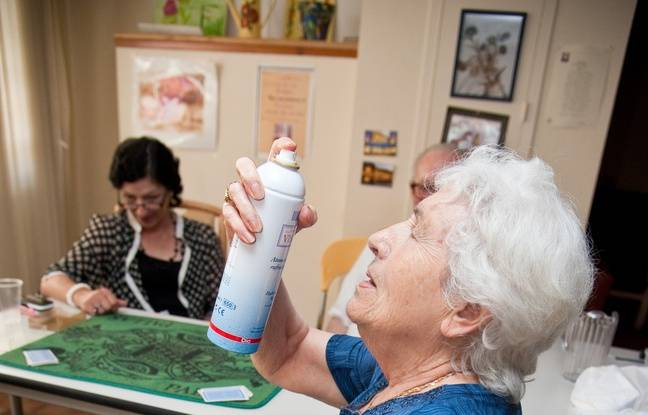 Maison personne age des stagiaires maltraitent des for Aide personnes agees maison retraite