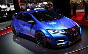 La nouvelle Honda Civic Type R présentée au Mondial de l'Auto 2014