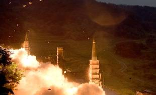 Des missiles sud-coréens tirés lors d'un exercice militaire, le 29 juillet 2017.