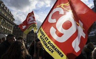 Un drapeau de la CGT lors d'une manifestation à Paris en février 2020.