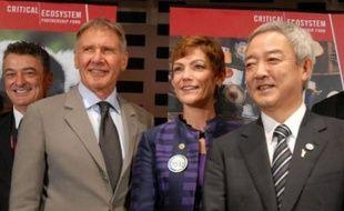 """La France va doubler d'ici 2012 ses financements pour la biodiversité dans le cadre de l'aide publique au développement, pour aboutir à une enveloppe de """"plus de 200 millions d'euros"""", a annoncé jeudi à Nagoya la secrétaire d'Etat à l'Ecologie Chantal Jouanno."""