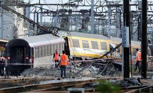 La SNCF a confirmé mercredi à l'AFP avoir versé des sommes de 10.000 ou 50.000 euros à 35 victimes ou familles de victimes de l'accident ferroviaire de Brétigny-sur-Orge (Essonne), qui a fait sept morts et des dizaines de blessés le 12 juillet.