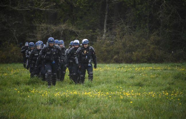 Notre-Dame-des-Landes: Les gendarmes de retour dans la ZAD pour détruire des cabanes