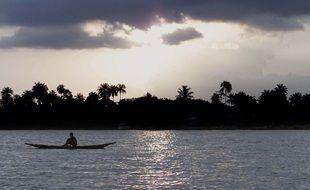 Un bateau avec 160 passagers à bord fait naufrage sur le fleuve du Niger au Nigeria. (Illustration)