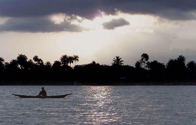 648x415 bateau 160 passagers bord fait naufrage fleuve niger nigeria illustration