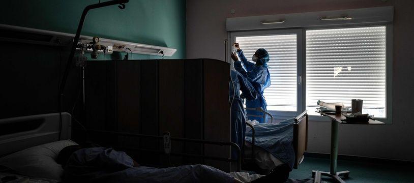 Coronavirus: 340 nouveaux décès en 24 heures en France (Illustration)