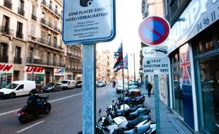 Marseille le 10 janvier 2013 - La mairie a mis en place un système de videoverbalisation qui vise à mettre fin au stationnement anarchique