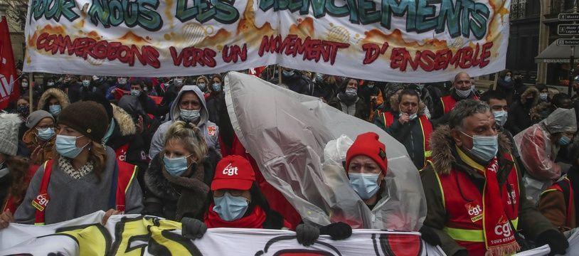 Manifestation contre les licenciements, samedi 23 janvier à Paris.