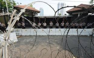 L'ambassade des Etats-Unis en Indonésie a annoncé jeudi qu'elle fermerait vendredi l'ensemble de ses missions diplomatiques dans le pays, plus peuplé du monde musulman, par crainte de nouvelles manifestations violentes contre la diffusion d'un film islamophobe.