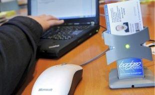 Une carte et un lecteur permettront d'acheter des tickets via Internet.