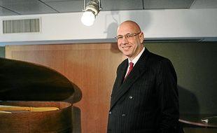 Agé de 59 ans, Christian Bouchet postule à la mairie pour la première fois.
