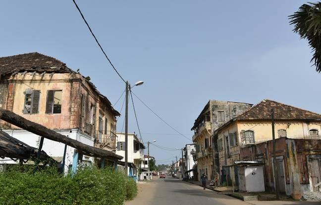 La photo de Grand Bassam (Côte d'Ivoire) originale prise par Sia Kambou.