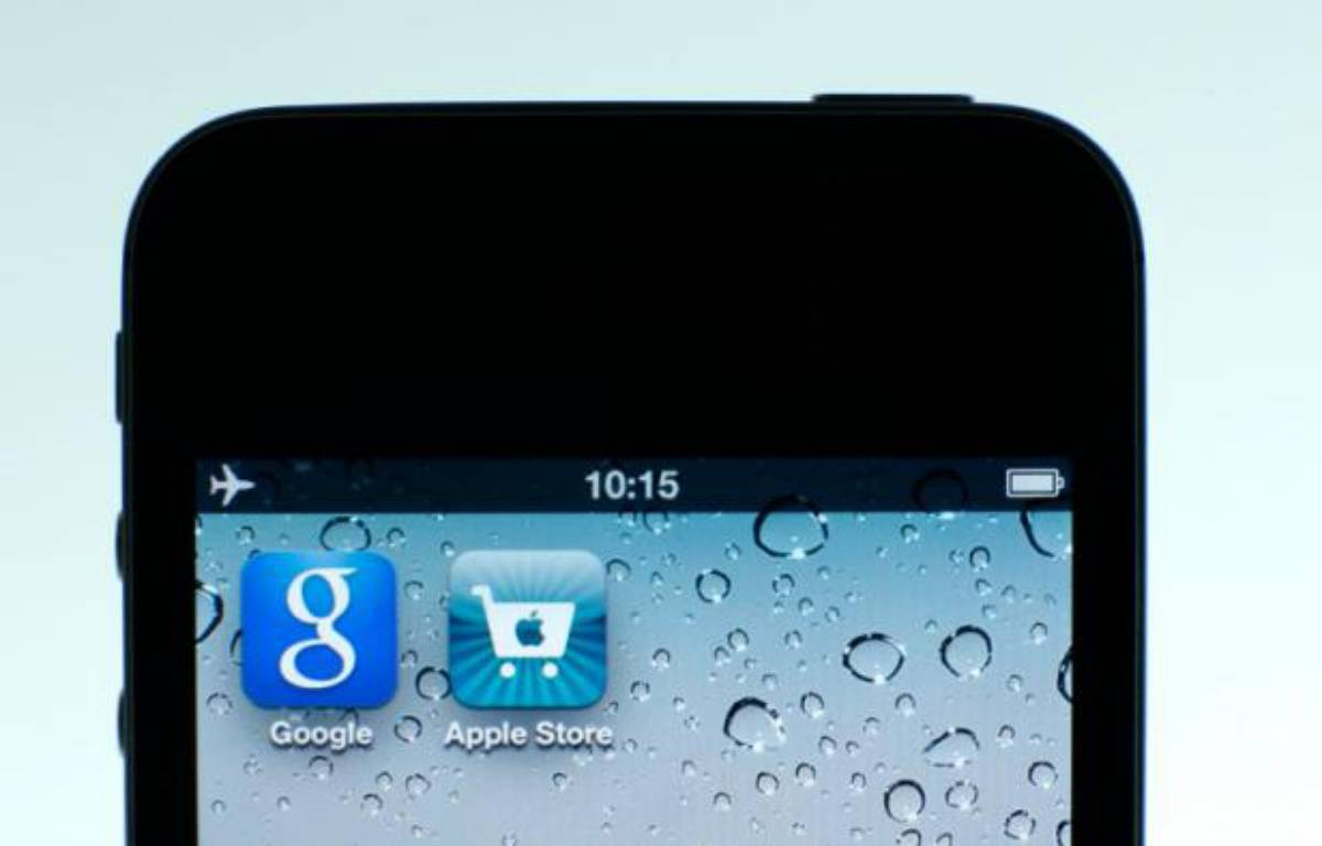 Un iPhone 4S d'Apple. – P.KOPCZYNSKI/REUTERS