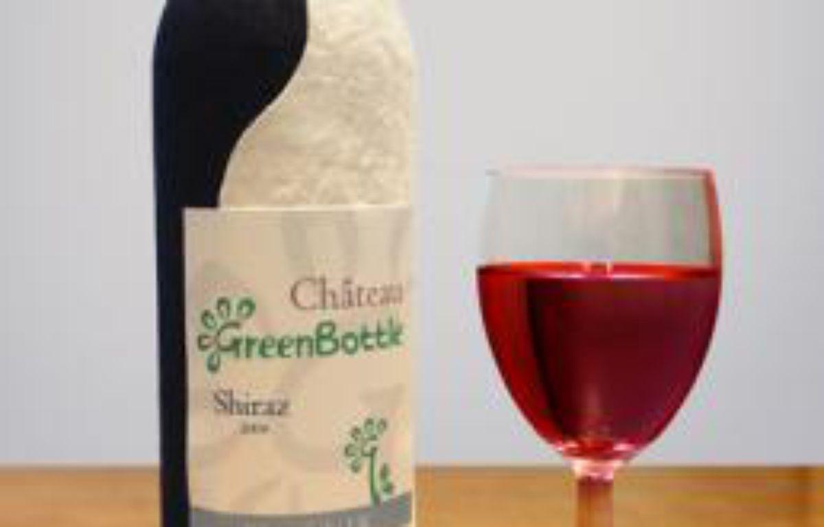 La bouteille de vin en papier de Greenbottle. – Greenbottle