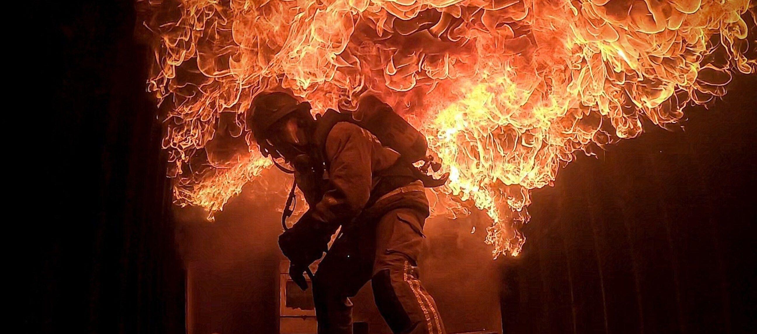 « Zone Interdite » a filmé les flammes au plus près de l'action