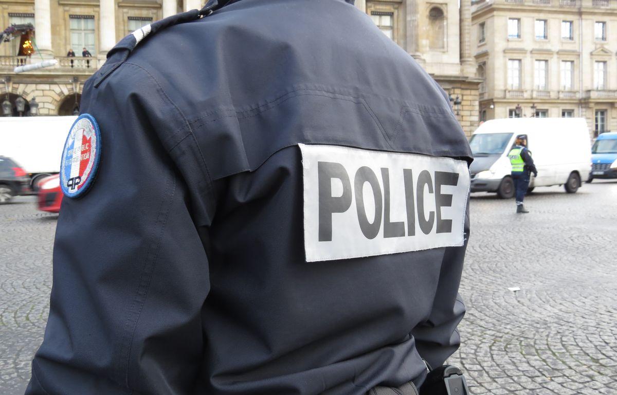 Illustration police à Paris.  – F. Pouliquen / 20 Minutes