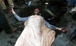 """Deux jeunes Marocains au chômage ont tenté de s'immoler par le feu mercredi à Rabat et sont à l'hôpital à Casablanca, mais ils """"sont hors de danger"""", a appris l'AFP vendredi de source hospitalière."""