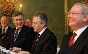 Un accord a été trouvé le 5 février 2009 entre partis catholiques et protestants d'Irlande du Nord, salué par le Premier ministre britannique Gordon Brown.