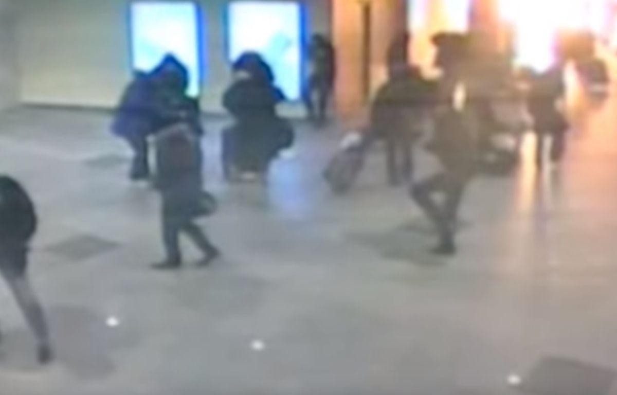 Capture d'écran d'une vidéo d'une explosion dans le métro de Moscou en 2011, qui circule après l'explosion dans le métro de Bruxelles le 22 mars 2016. – YouTube