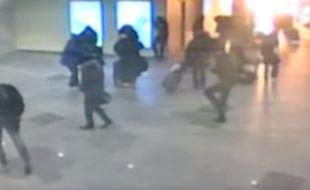 Capture d'écran d'une vidéo d'une explosion dans le métro de Moscou en 2011, qui circule après l'explosion dans le métro de Bruxelles le 22 mars 2016.