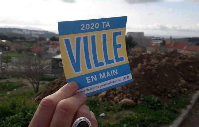Municipales 2020 à Marseille: Bar, quartiers Nord, facultés... des bénévoles s'activent pour les inscriptions sur les listes électorales