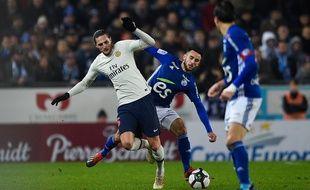 Le PSG d'Adrien Rabiot a mis une mi-temps pour rentrer dans son match à Strasbourg (1-1).