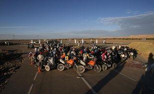 Les motards du Dakar, le 11 janvier 2013 à Calama au Chili.