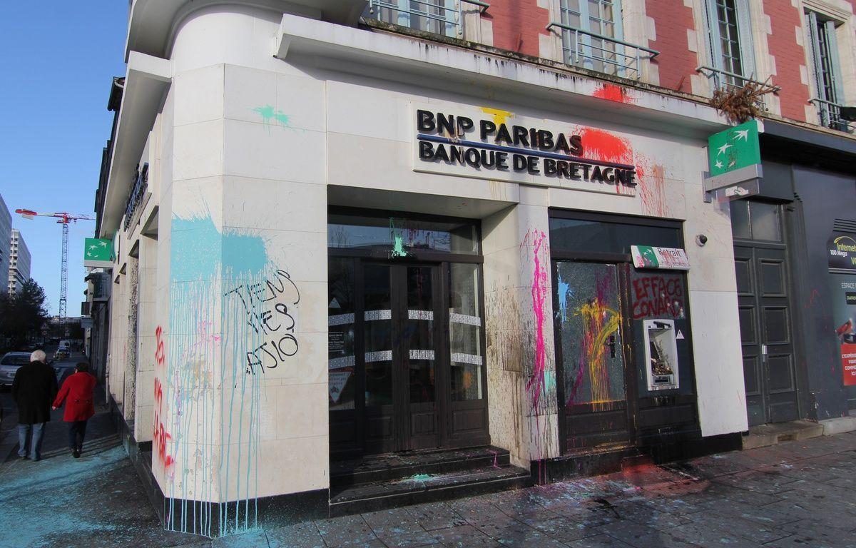 Le centre-ville de Rennes a été saccagé samedi 6 février lors d'une manifestation d'opposants à l'aéroport Notre-Dame-des-Landes. – C. Allain / APEI / 20 Minutes