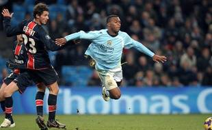 Jérémy Clément, à l'époque milieu de terrain du PSG, en 2008, contre Manchester City.