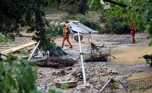 Après les fortes pluies, les pompiers ont secouru 184 campeurs à Saint-Julien-de-Peyrolas, dans le Gard.