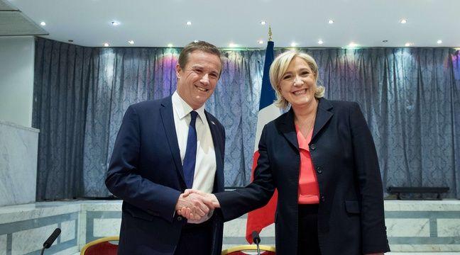 Paris, le 29 avril 2017. - Marine Le Pen annonce que Nicolas Dupont-Aignan sera son Premier ministre si elle remporte l'élection présidentielle. – SIPA