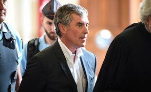 Jérôme Cahuzac quitte le Palais de justice de Paris le 15 mai 2018.