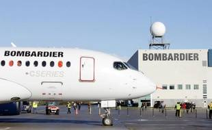 L'horizon du constructeur aéronautique canadien Bombardier s'est assombri un peu plus mardi avec l'annonce de la suppression de 1.700 emplois, suite logique de la forte baisse des livraisons d'avions l'an dernier et du retard d'un an de la sortie de son nouvel avion CSeries.