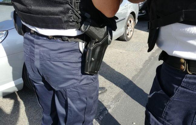 Lyon : Pour éviter la prison à son frère, il se cache dans le placard lors de la venue des policiers