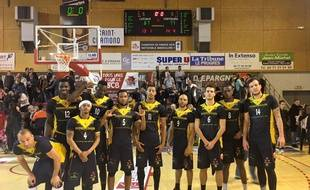 Hyères-Toulon Var Basket en avril 2016