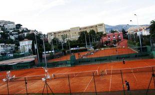 C'est au pied du lycée du Parc Impérial, à côté de l'ancienne résidence  de Suzanne Lenglen et à deux pas du centre-ville de Nice que se tiendra  l'Open