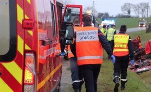 Illustration d'intervention des pompiers ici près de Rennes lors d'un accident de la route.