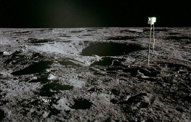 Une caméra laissée par l'équipage d'Apollo 12 sur la Lune en novembre 1969