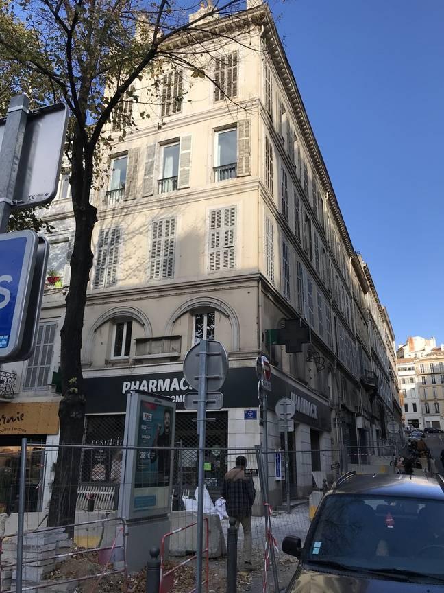 Un immeuble du centre-ville évacué à Marseille