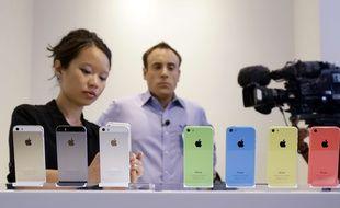 Apple, qui avait sorti en 2013 une version moins chère de l'iPhone 5S, le 5C, s'apprêterait à récidiver en 2016.