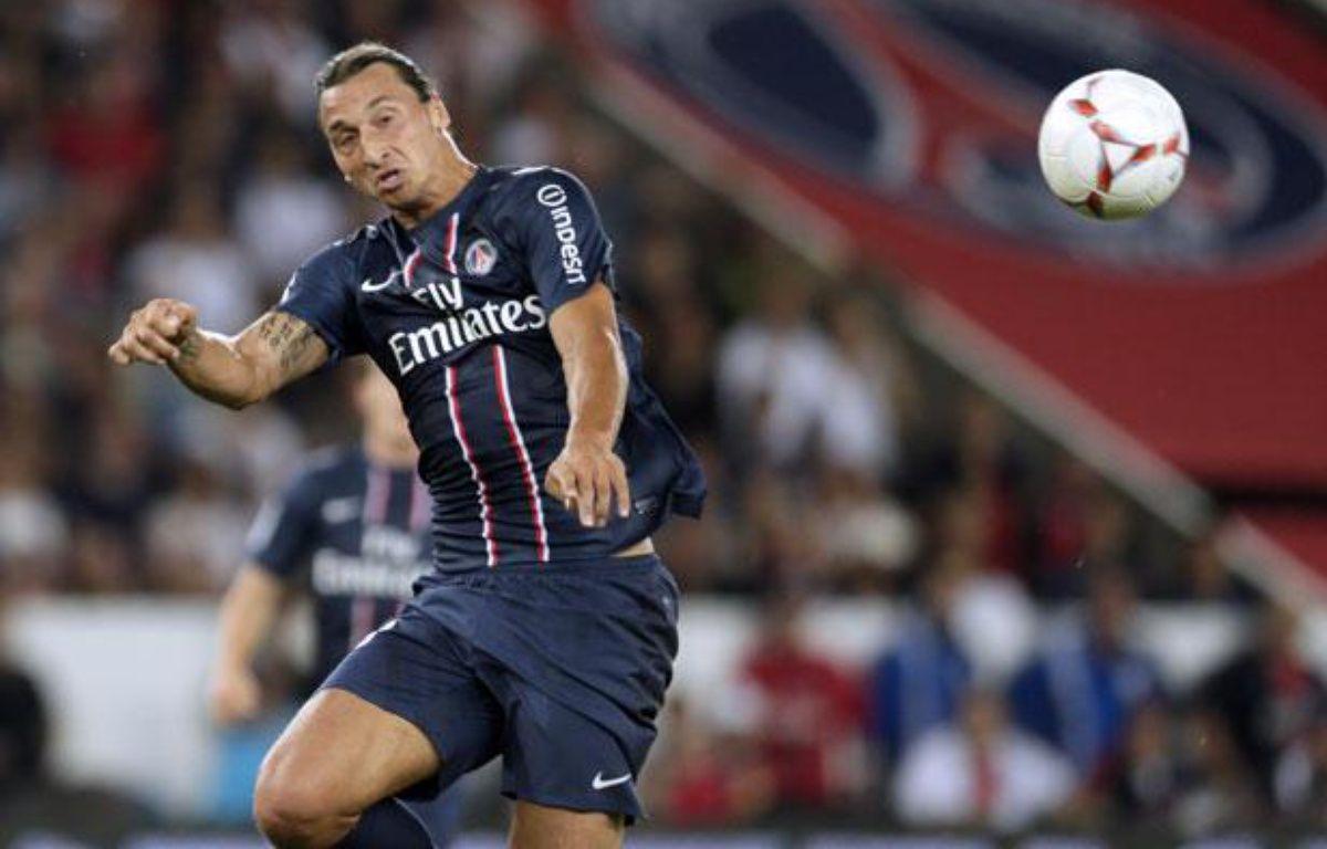 Zlatan Ibrahimovic, l'attaquant du PSG, le 11 août 2012, contre Lorient, au Parc des Princes. – KENZO TRIBOUILLARD / AFP