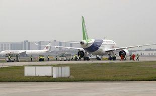 Un C919 s'apprête à décoller de Shanghai, le 5 mai 2017.